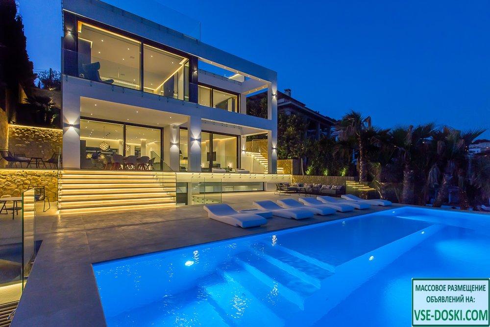 Вилла класса люкс, с фантастическим видом, на острове Майорка.