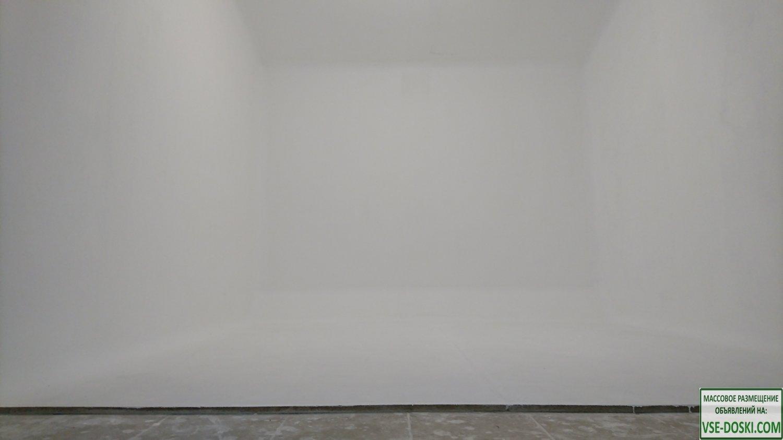 Фотостудия с белой циклорамой. Снять видеостудию с белым фоном дёшево