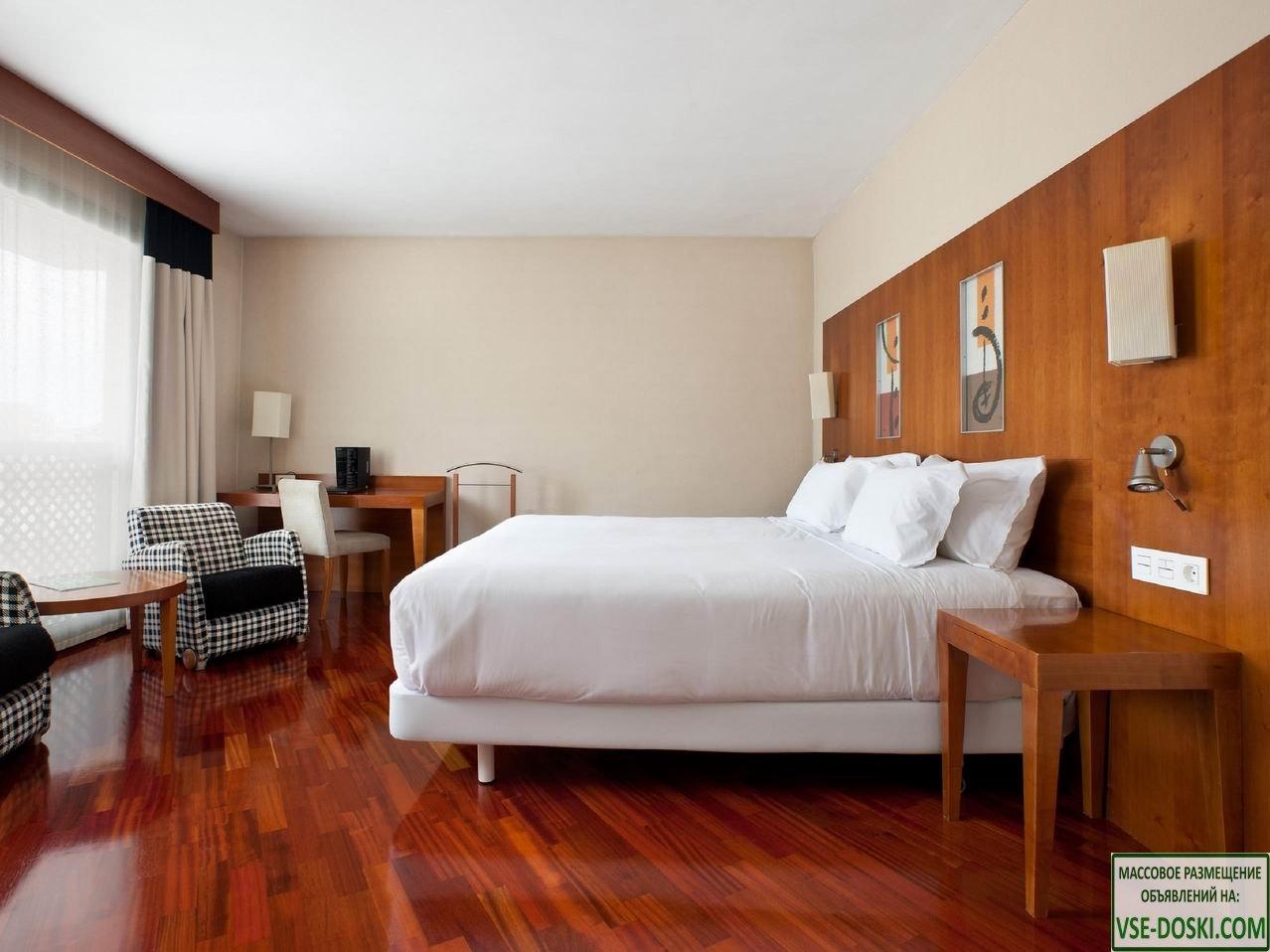 Отель три звезды, на побережье, в регионе Малага.