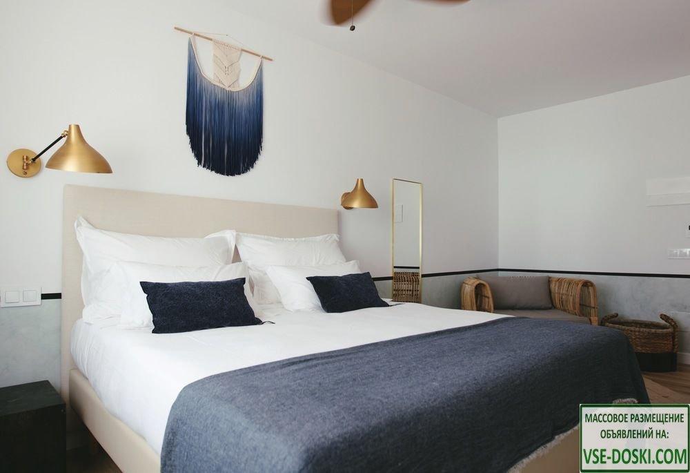 Роскошный отель-дворец, на острове Ибица.
