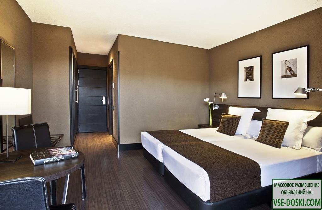 Отель пять звезд, в Валенсии.