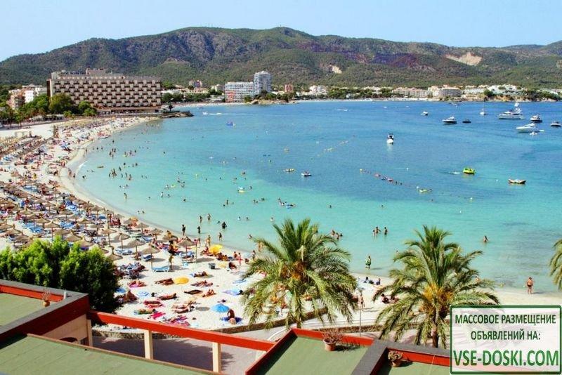 Отель две звезды в Palma Nova (остров Мальорка).