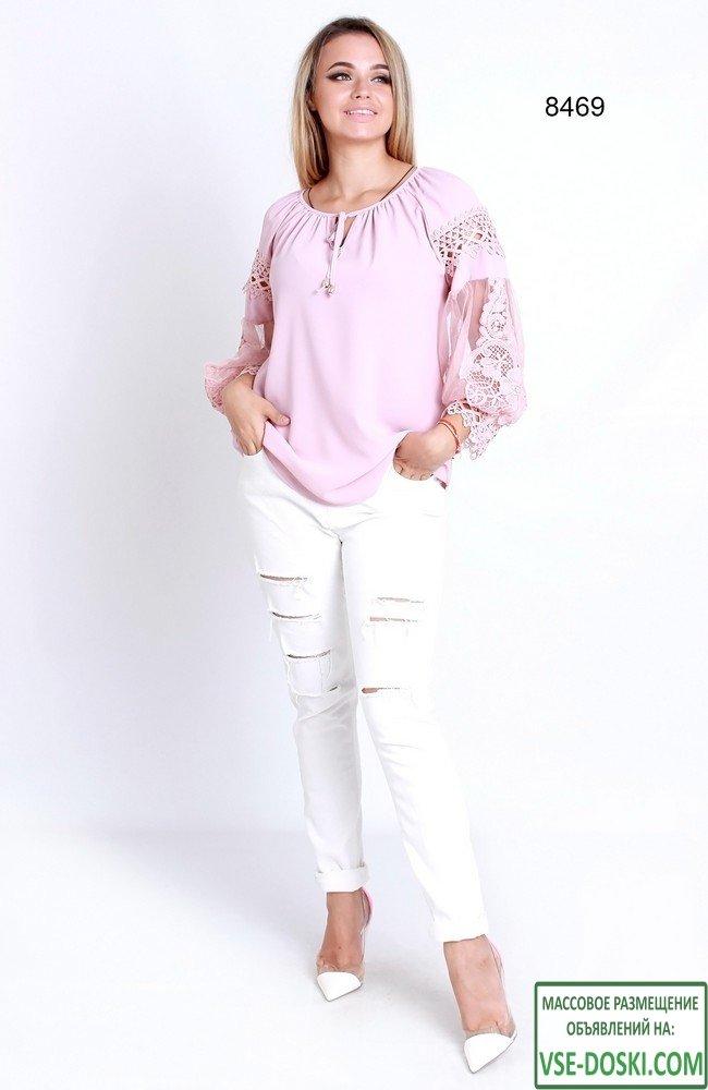 Блузка с шифоновыми рукавами и отделкой кружевом