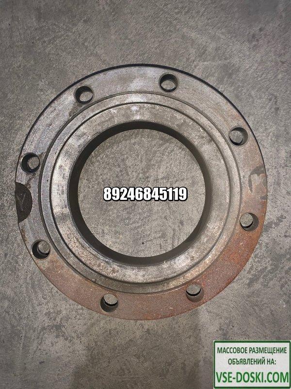 Крышка торцевая редуктора среднего моста Howo 199014320175