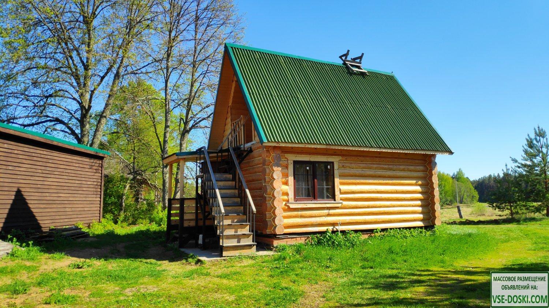 Деревянный 2-х этажный дом в лесу на берегу реки с в/у (кухня, санузел, душ)
