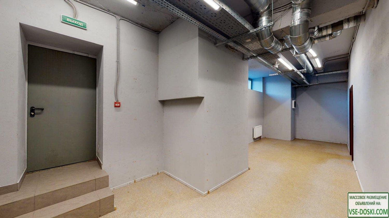 111 кв.м, 2 входа, первая линия, под любой вид деятельности, торгово-офисный центр