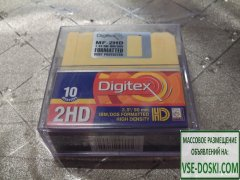 Продаю...  3.5` / 90 мм... diskettes formatted IBM/DOS 10 DISKETTES 2HD...